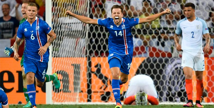 Islande en quart de finale