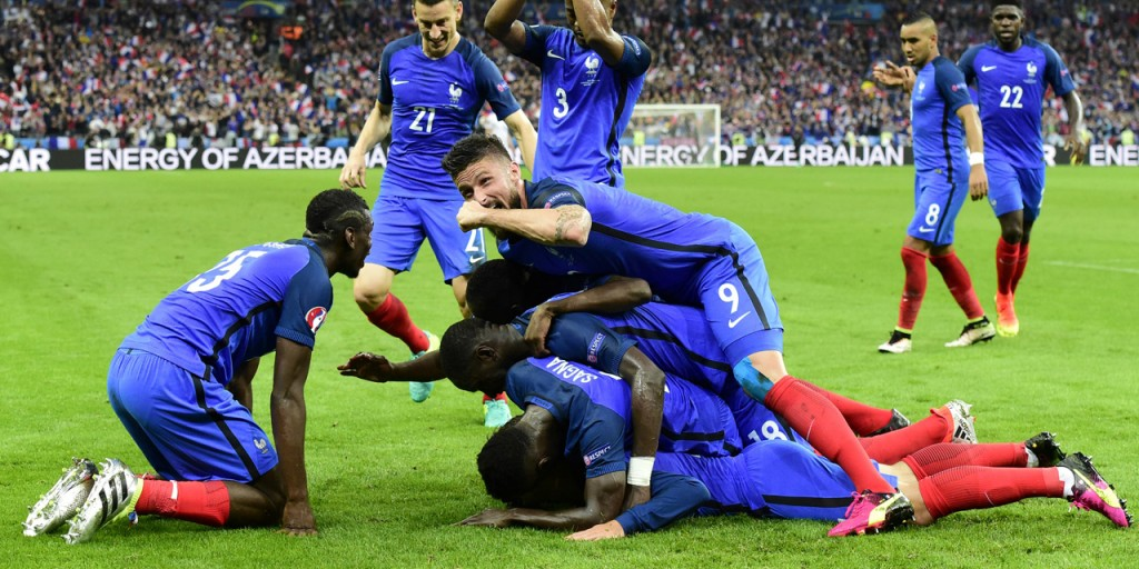 Célébration du but de Griezmann face à l'Islande